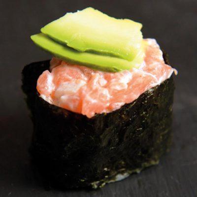 Gunkan with salmon, avocado and mayonnaise