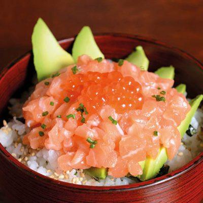 salmon donbri with avocado