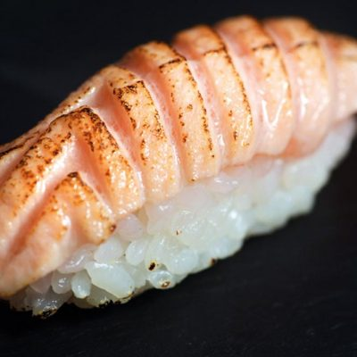 Seared salmon nigiri